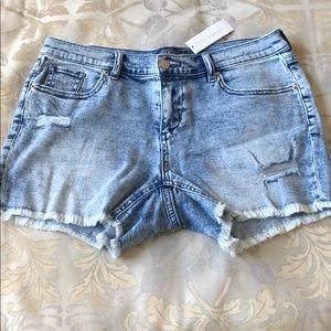 New York and Company soho jean shorts acid wash